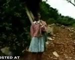 コロンビアのある村の通学は・・・