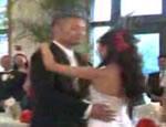 披露宴で花婿と花嫁でダンス