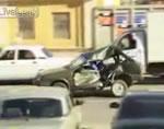 事故車で公道を堂々と走る