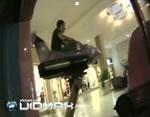子供用の乗り物で立つと危険な証明映像