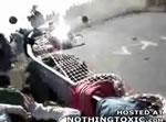 コーナーで事故映像