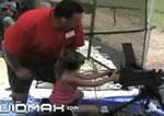 7歳の少女とマシンガン