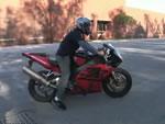 ジョンが始めてバイクに乗った日