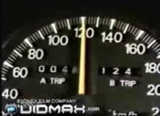 スピード出し過ぎに注意!!な映像