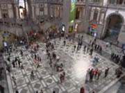 アントワープ中央駅でダンス