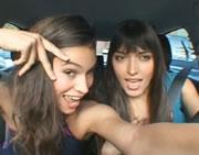 女性同士の楽しい車内