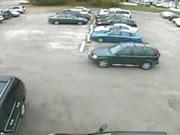 駐車場アクシデント