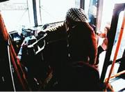 バス車内で発砲事件