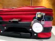 ファスナー式の旅行バッグは危険!?