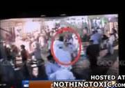 防犯カメラが捕らえた自爆テロ犯