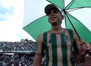 コロンビアのサッカーファン、好きすぎてユニフォーム柄の・・・