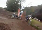 V自転車レース ハプニング