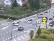 ちょい面倒くさそうなドイツの交差点