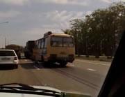バスが衝突した相手は・・・