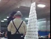 カップでピラミッド失敗