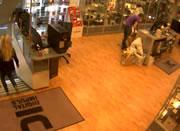 オスロ 爆発時の店内映像