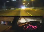 車内にカメラを搭載してパトカーからの逃走劇