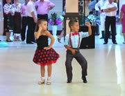 チビちゃんの見事なダンス