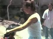 女性の二輪アクシデント映像集