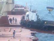 クレーン船事故
