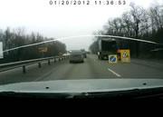 トラック衝突事故