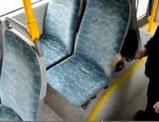 埃だらけのバスシート