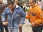 エジプト 抗議の為だけに自分に火をつける
