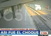 ブエノスアイレス 列車事故瞬間映像