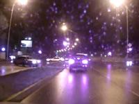 反対車線でスリップした車が飛び出してきて衝突事故