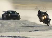 Porsche GT3 RS vs Yamaha YZF1000 R1