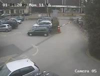 駐車場 酷すぎるゲートバー故障!?