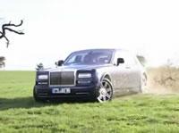 Rolls Royceでドリフト