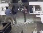 チリの宝石店強盗映像